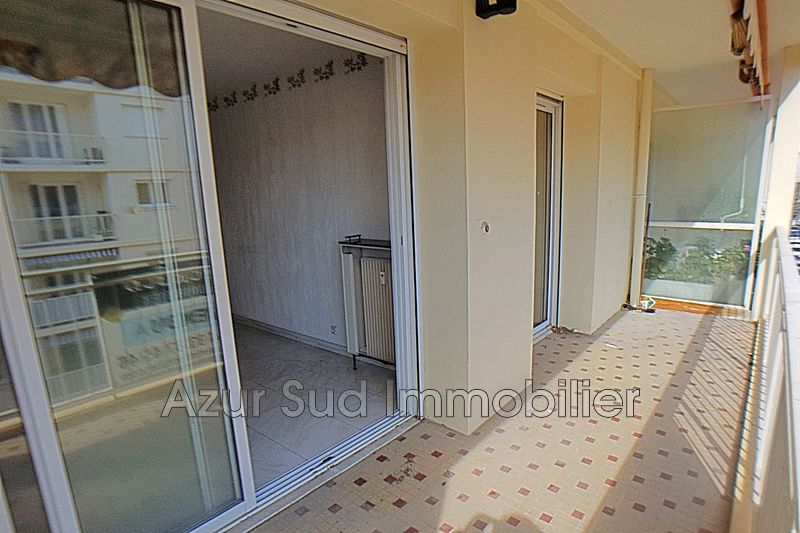 Photo Apartment Juan-les-Pins Centre-ville,   to buy apartment  3 rooms   76 m²