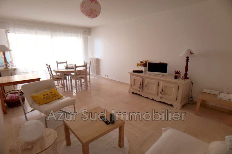 Photo Apartment Juan-les-Pins Proche plages,   to buy apartment  2 rooms   58 m²