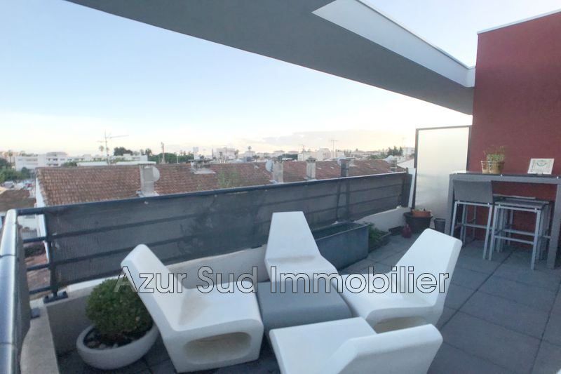 Photo Appartement Golfe-Juan Residentiel,   achat appartement  3 pièces   65 m²