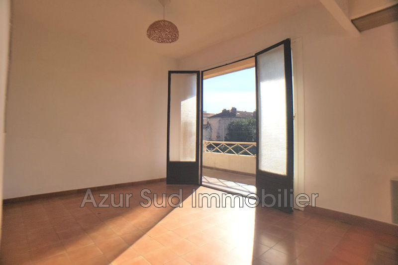 Photo Apartment Juan-les-Pins Centre-ville,   to buy apartment  3 rooms   49 m²