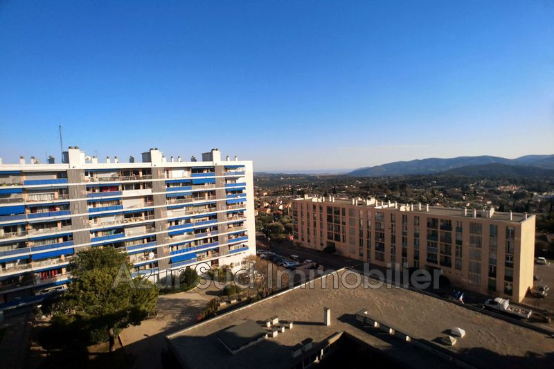 Photo Appartement Grasse St jacques ( grasse ),   achat appartement  3 pièces   63 m²