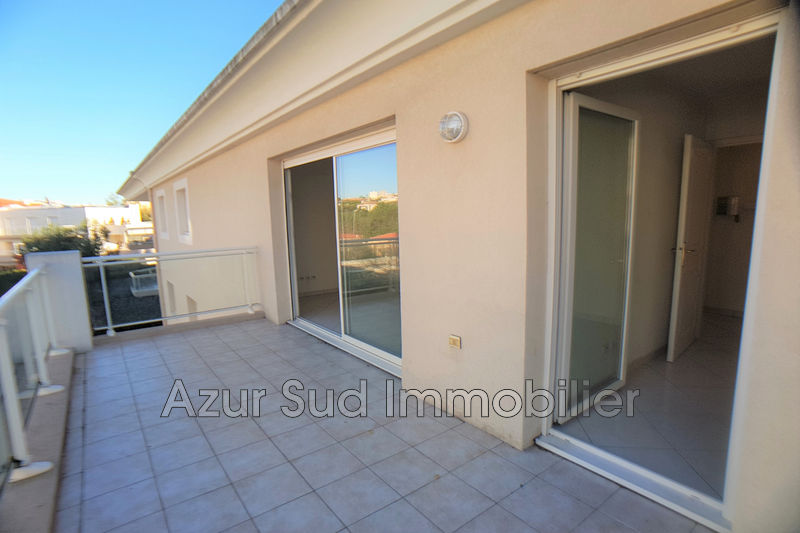 Photo Apartment Juan-les-Pins Proche plages,   to buy apartment  2 rooms   35 m²