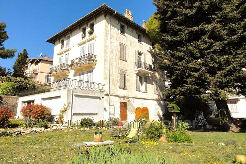 Photo Immeuble Grasse Centre-ville,   to buy immeuble  14 rooms   400 m²