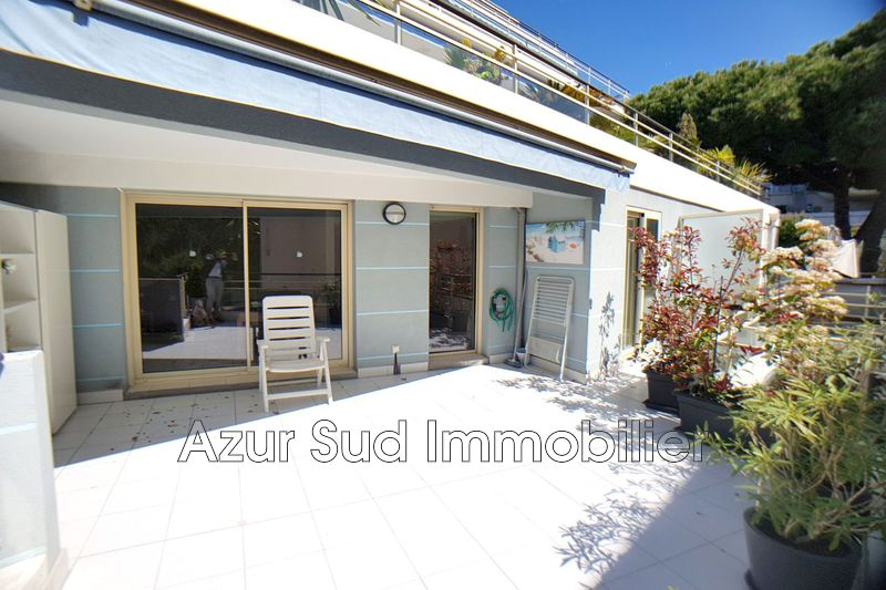 Photo Appartement Juan-les-Pins Centre-ville,   achat appartement  3 pièces   75m²