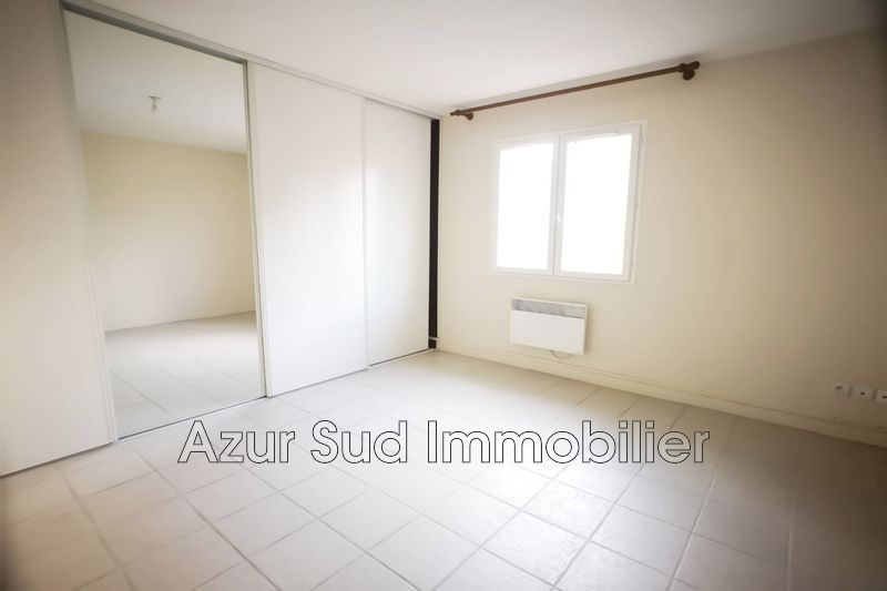Photo n°2 - Vente appartement Châteauneuf-Grasse 06740 - 348 000 €