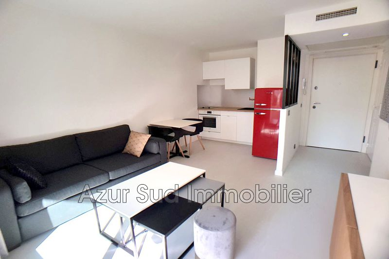 Photo n°1 - Vente appartement Juan-les-Pins 06160 - 158 000 €
