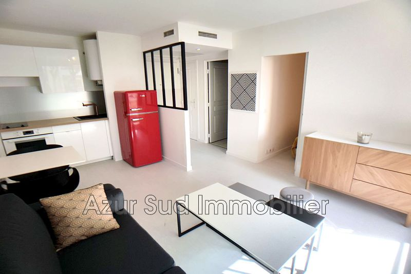 Photo n°2 - Vente appartement Juan-les-Pins 06160 - 158 000 €