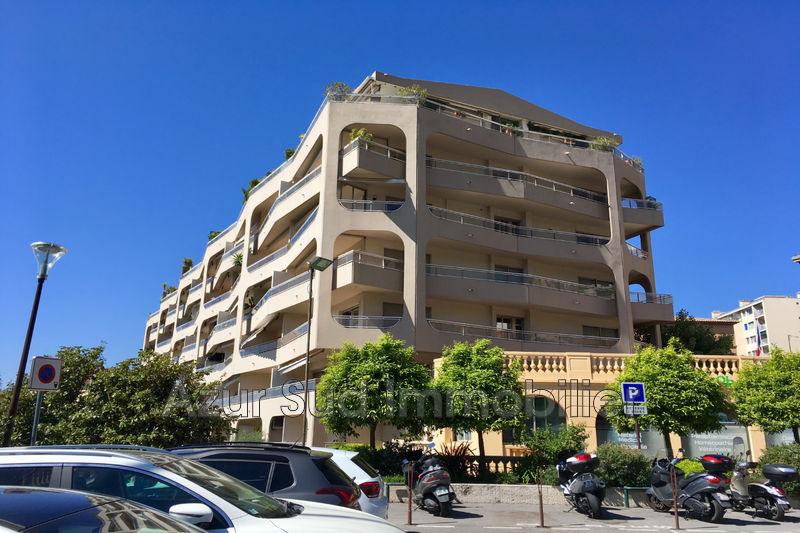 Photo Appartement Grasse Centre-ville,   achat appartement  3 pièces   73m²