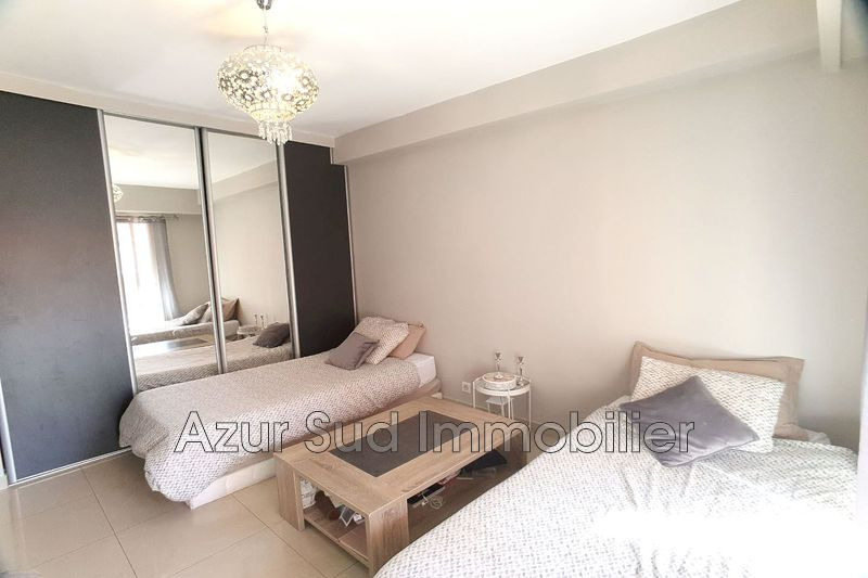 Apartment Juan-les-Pins Centre-ville,   to buy apartment  1 room   30 m²