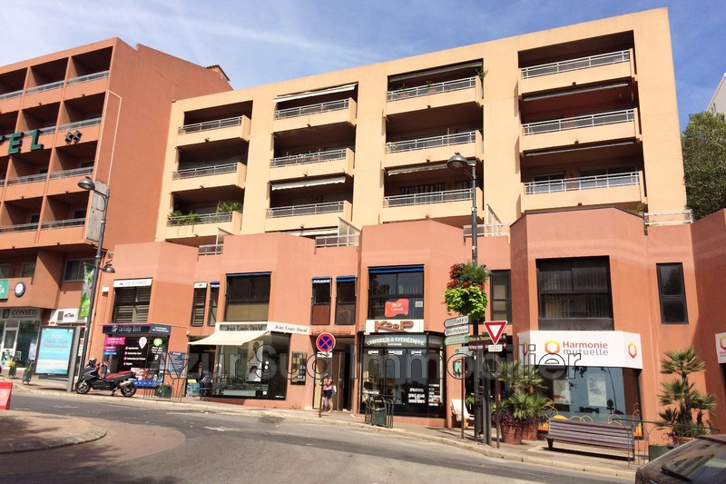 Photo Apartment Grasse Centre-ville,   to buy apartment  3 rooms   69 m²