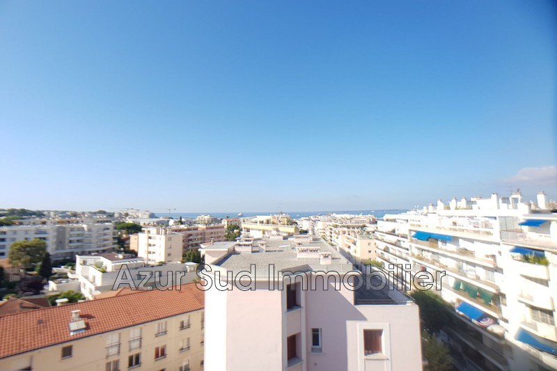 Photo Apartment Juan-les-Pins Centre-ville,   to buy apartment  3 rooms   75 m²