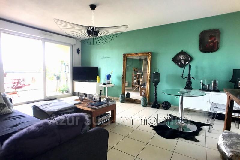 Photo Appartement Vallauris Centre-ville,   achat appartement  3 pièces   61m²