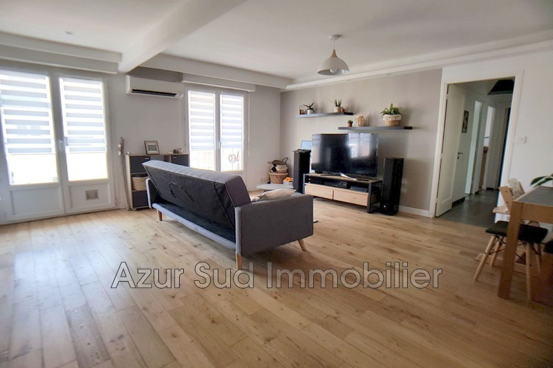 Photo Appartement Antibes Centre-ville,   achat appartement  3 pièces   55 m²