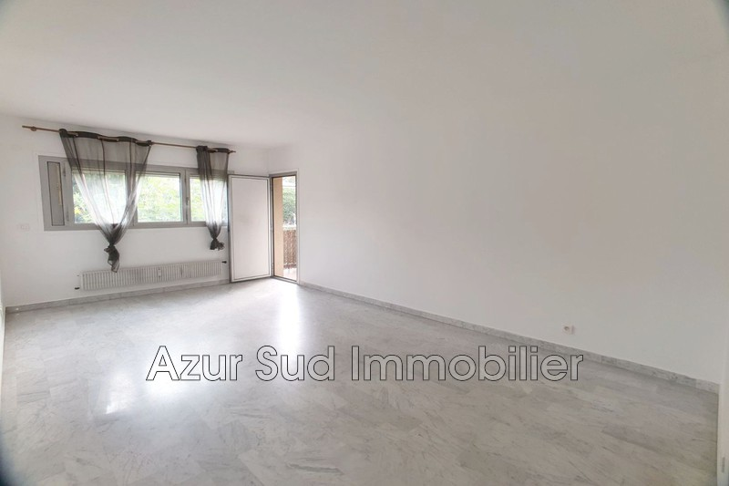 Photo Appartement Antibes Laval,   achat appartement  4 pièces   80 m²