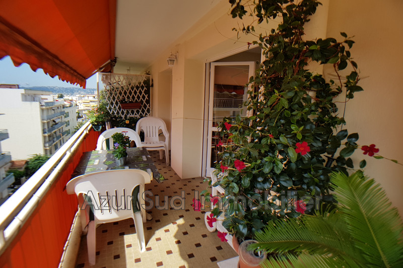Photo Apartment Juan-les-Pins Centre-ville,   to buy apartment  3 rooms   64 m²
