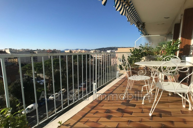 Photo Apartment Juan-les-Pins Centre-ville,   to buy apartment  2 rooms   54 m²