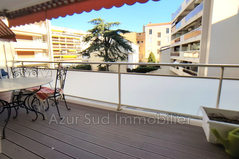 Photo n°1 - Vente appartement Juan-les-Pins 06160 - 349 000 €