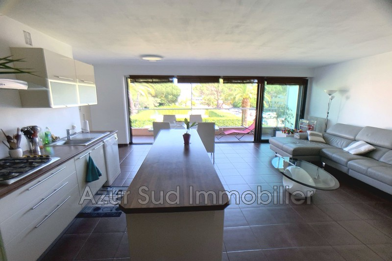 Photo Apartment Antibes Résidentiel,   to buy apartment  3 rooms   69 m²