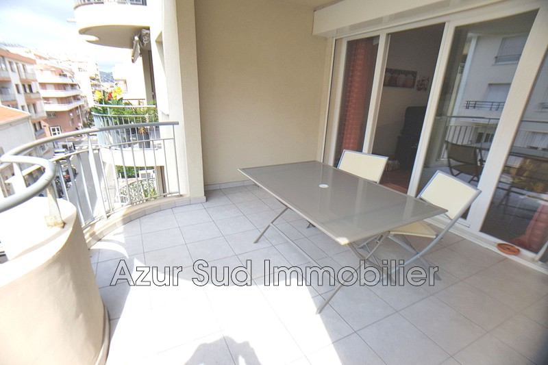 appartement  2 rooms  Juan-les-Pins Downtown  46 m² -