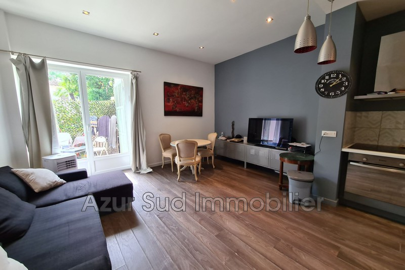 Photo Apartment Juan-les-Pins Centre-ville,   to buy apartment  2 rooms   38 m²