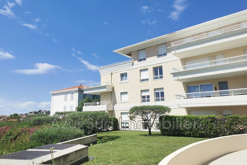 Photo Apartment Grasse Hauteurs,   to buy apartment  2 rooms   46 m²