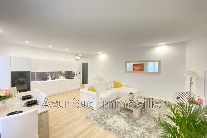 appartement  3 pièces  Antibes Centre-ville  60m² -