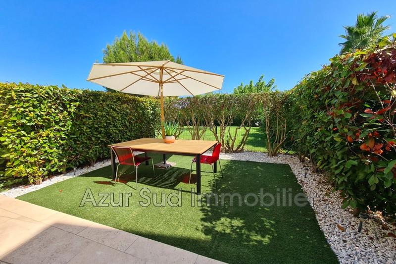Photo Appartement Antibes Breguières,   achat appartement  3 pièces   79m²
