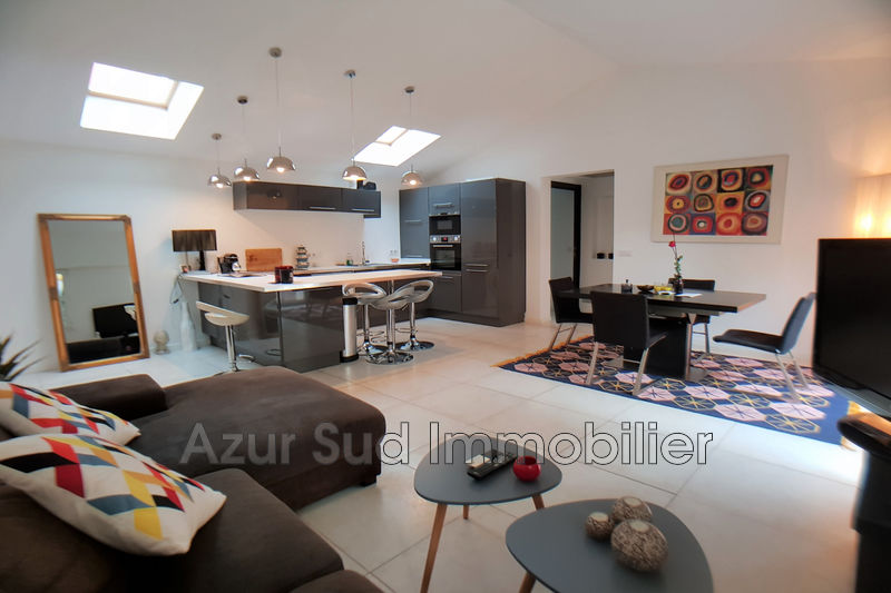Photo Villa Juan-les-Pins Bijou plage,   to buy villa  2 bedrooms   88 m²