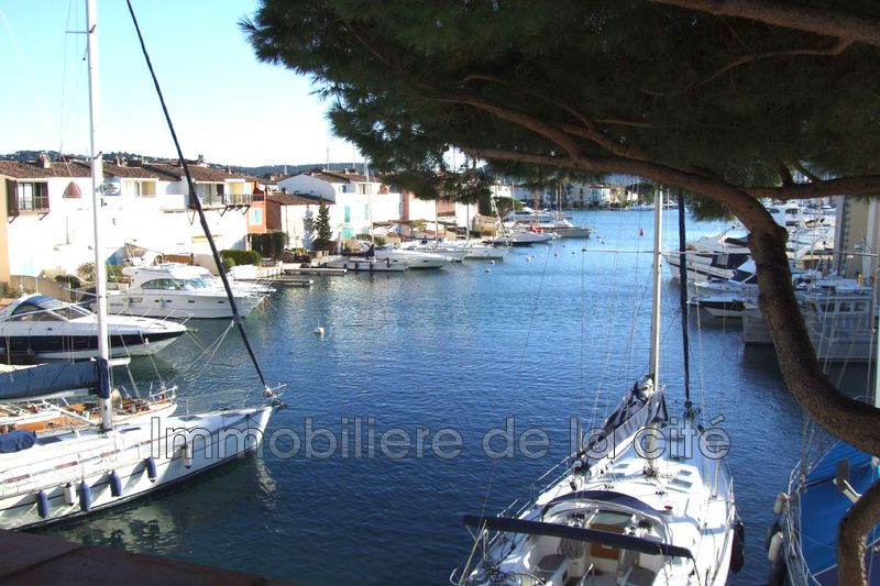 Photo Apartment Port grimaud Centre-ville,   to buy apartment  4 rooms   80 m²