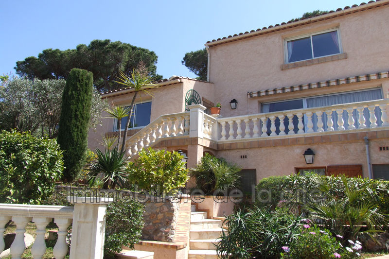 Photo Villa Sainte-Maxime Proche plages,   to buy villa  4 bedroom   140 m²