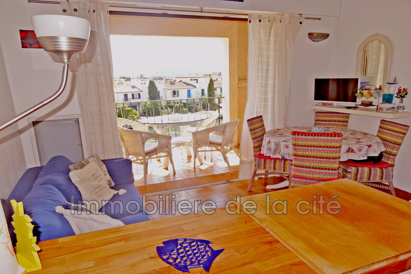 Photo Apartment Port grimaud Amarrage 15 x 4 m,   to buy apartment  2 rooms   30 m²