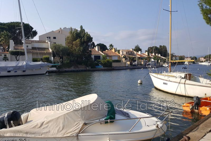 Photo Appartement Port grimaud Amarrage pleine propriété 10 m,   to buy appartement  2 rooms   50 m²