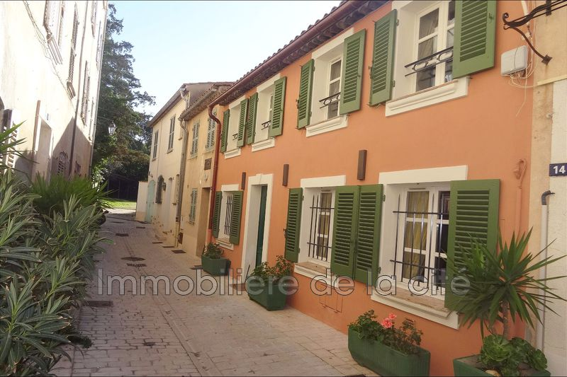 Photo Ideal investor Saint-Tropez Village de st tropez,   to buy ideal investor  3 bedrooms   190 m²