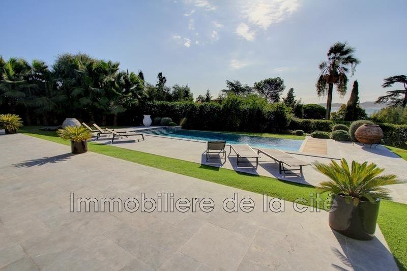 Photo Demeure de prestige Grimaud Beauvallon,   achat demeure de prestige  4 chambres   294m²