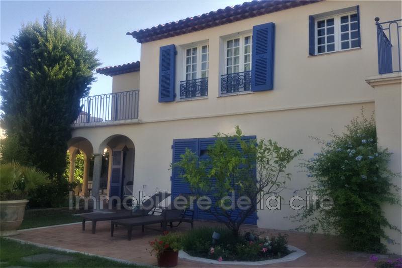 Photo Borderive et maisons spéciales Port grimaud Amarrage 13 x 7 m,   to buy borderive et maisons spéciales  6 bedrooms   275m²