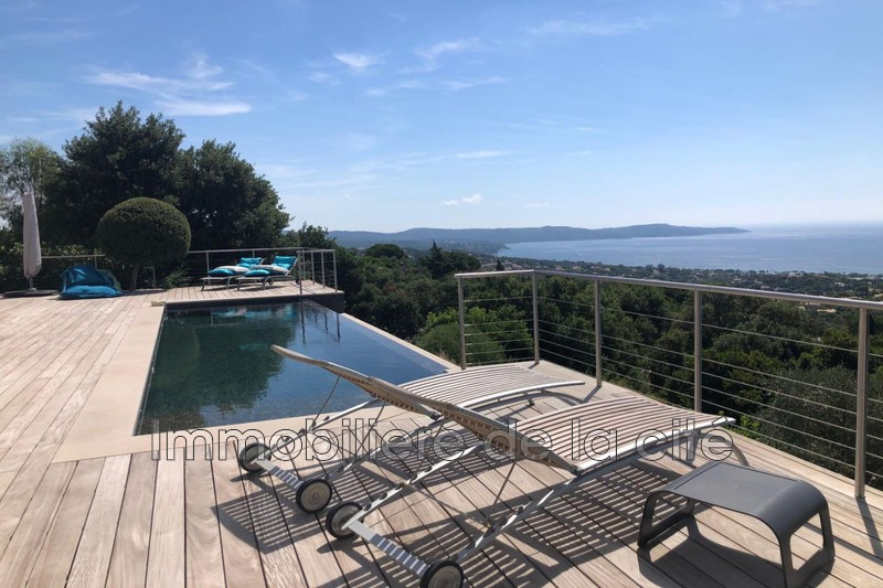 Photo Demeure de prestige Cavalaire-sur-Mer Cavalaire,   achat demeure de prestige  5 chambres   285m²