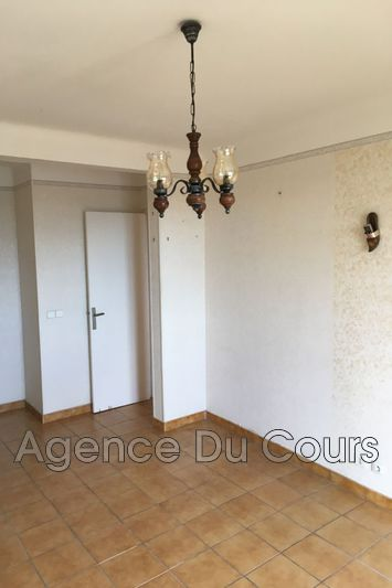 Photo n°7 - Vente appartement Grasse 06130 - 125 000 €
