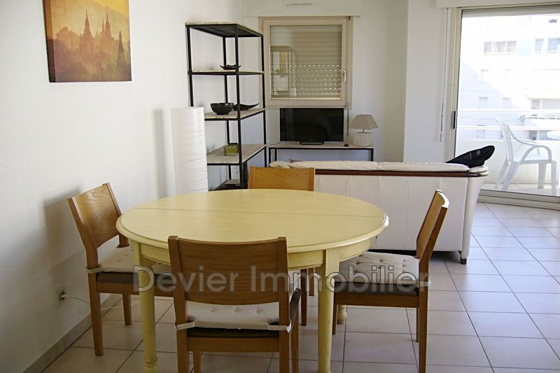 Photo Appartement Montpellier Antigone,  Location appartement  3 pièces   64 m²