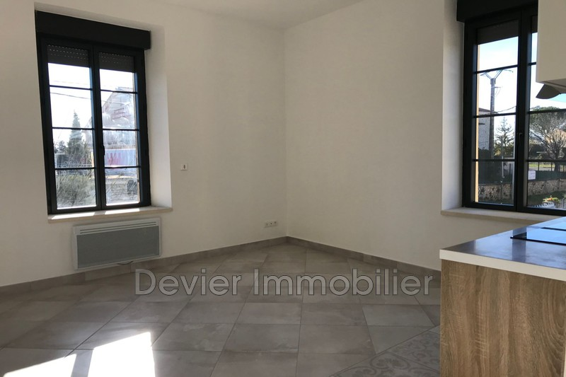 Appartement Saint-Christol Saint christol,  Location appartement  2 pièces   38 m²
