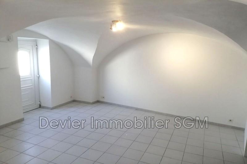 Appartement Castries Castries,  Location appartement  3 pièces   58m²
