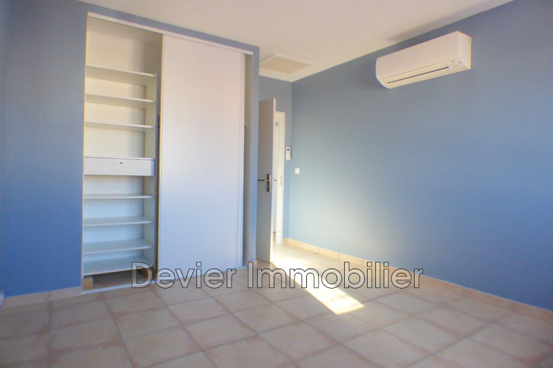 Photo n°5 - Location maison contemporaine Saint-Geniès-des-Mourgues 34160 - 1 222 €