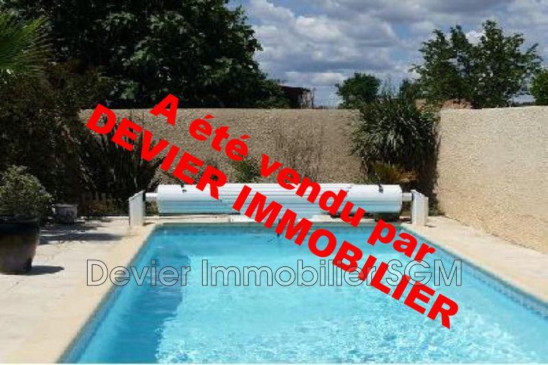 Photo Villa Saint-Geniès-des-Mourgues   achat villa  3 chambres   83m²