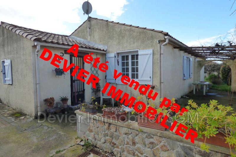 Villa Saint-Just   achat villa  3 chambres   108m²