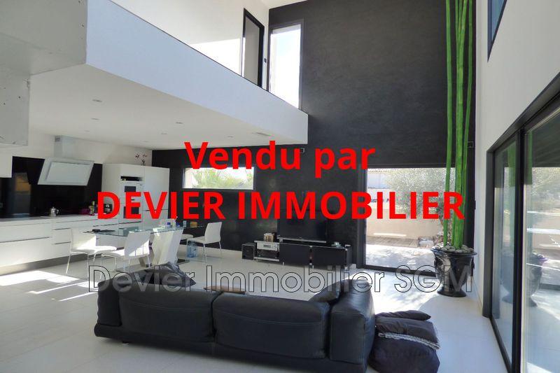 Villa Saint-Just   achat villa  3 chambres   120m²