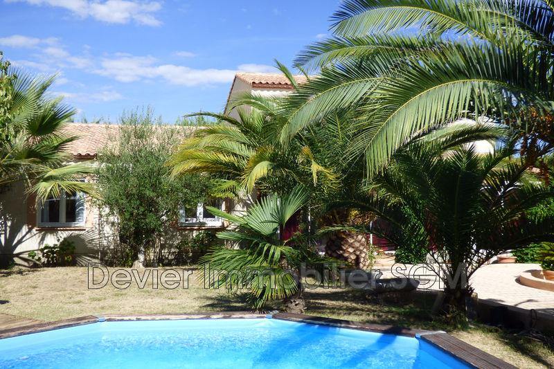 Photo Villa Saint-Geniès-des-Mourgues Castries,   achat villa  6 chambres   167m²