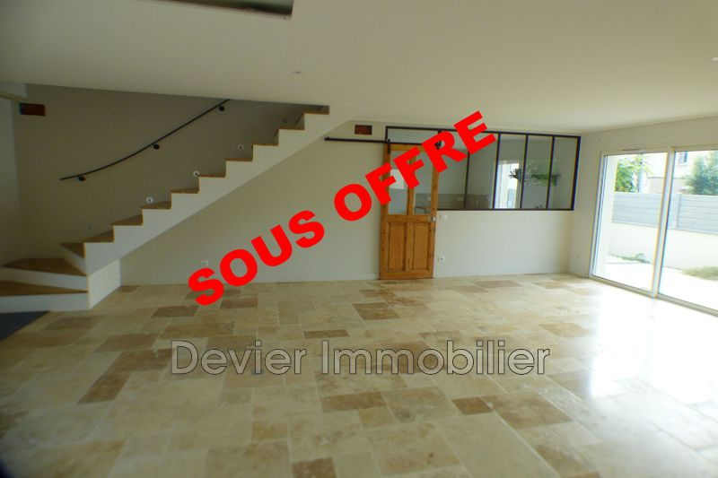 Photo Villa Saint-Geniès-des-Mourgues Saint génies des mourgues,   achat villa  4 chambres   130m²