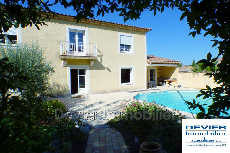 Photo Maison Saint-Geniès-des-Mourgues   achat maison  5 chambres   240m²