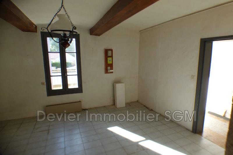 Maison de village Saint-Geniès-des-Mourgues   achat maison de village  3 chambres   108m²