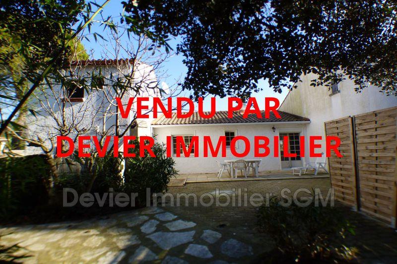 Villa Saint-Geniès-des-Mourgues   achat villa  4 chambres   140m²
