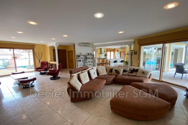 Maison contemporaine Montpellier   achat maison contemporaine  5 chambres   220m²